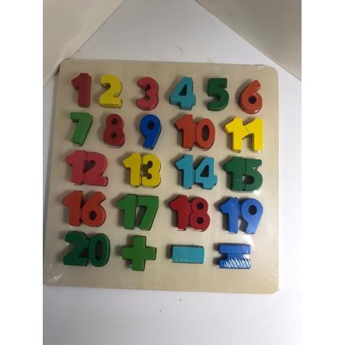 Numere colorate din lemn