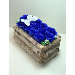 Aranjament din flori de...